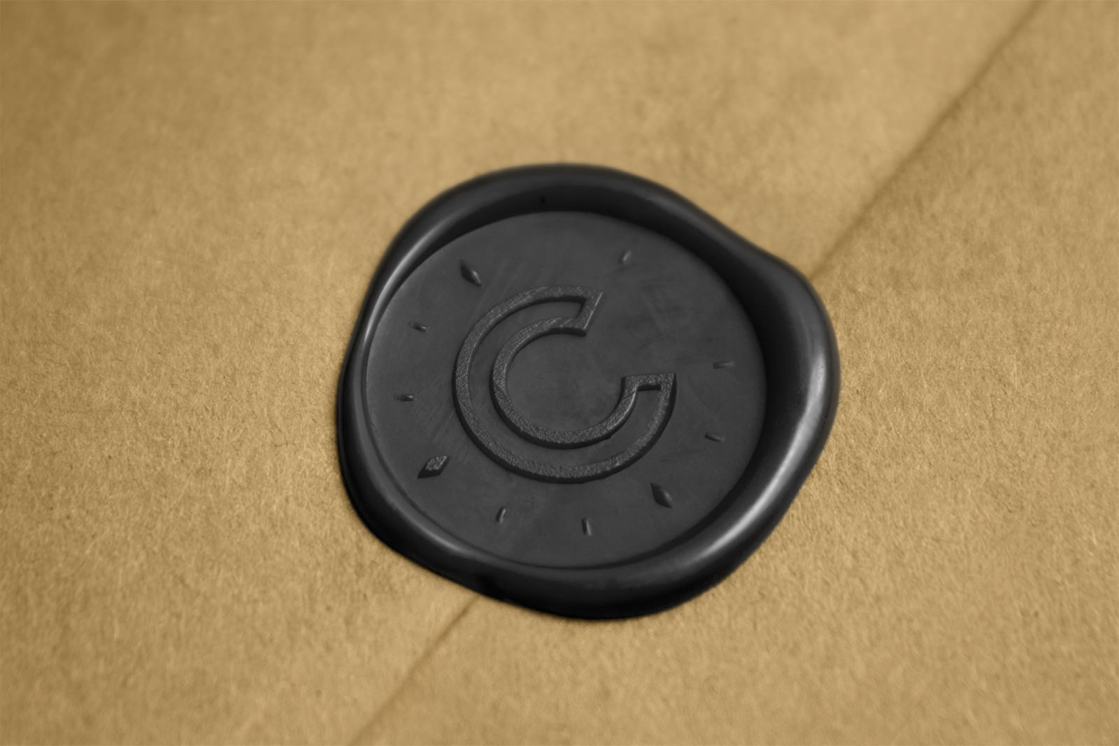 Figure-Jeremy-Hall-Design-Graphique-Logo-Branding-Image-De-Marque-Cendrillon-Restaurant-Emballage-24.jpg