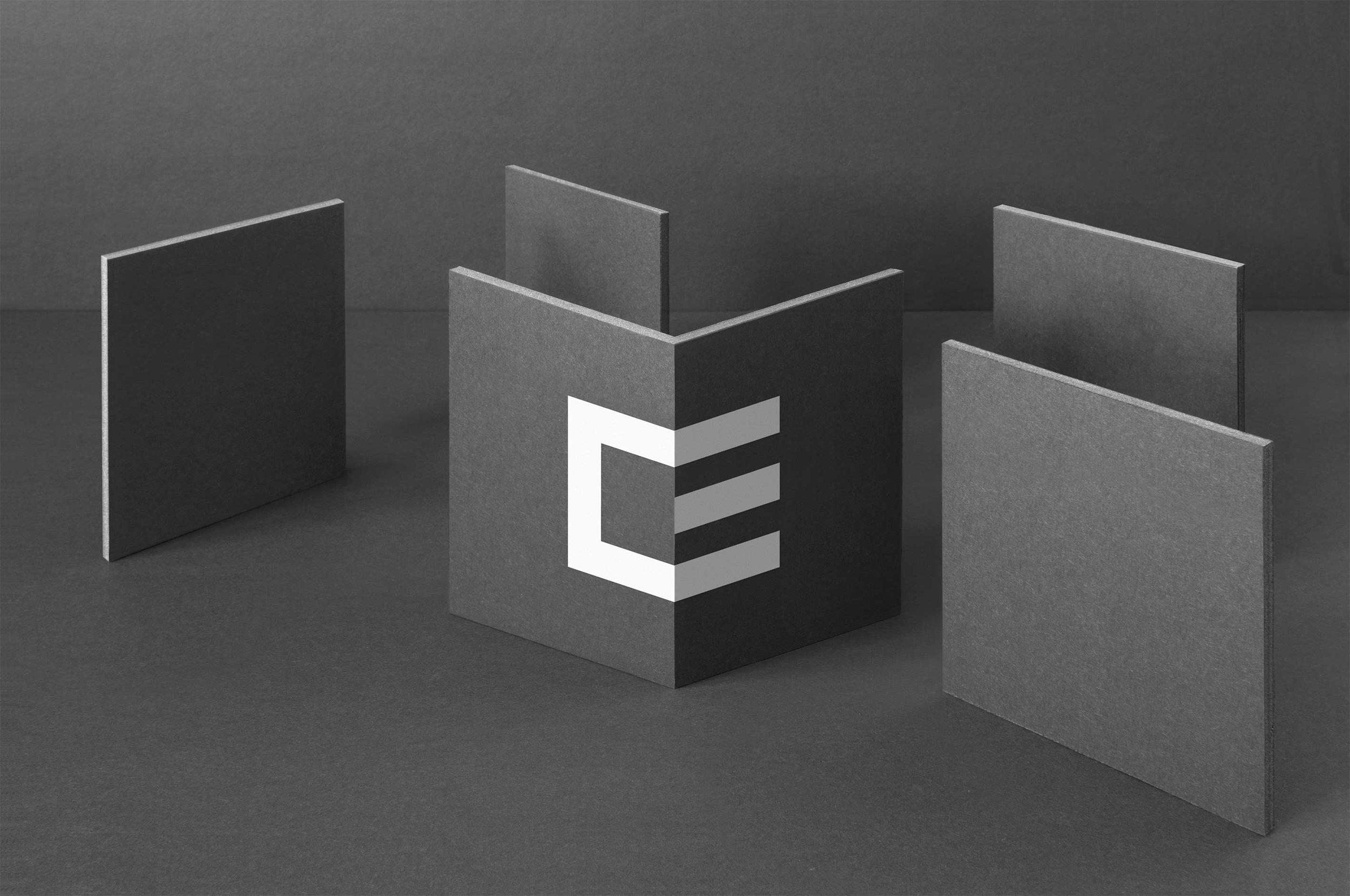 Figure-Jeremy-Hall-Design-Graphique-Quebec-Logo-Branding-Image-De-Marque-Item-Construction-9.jpg