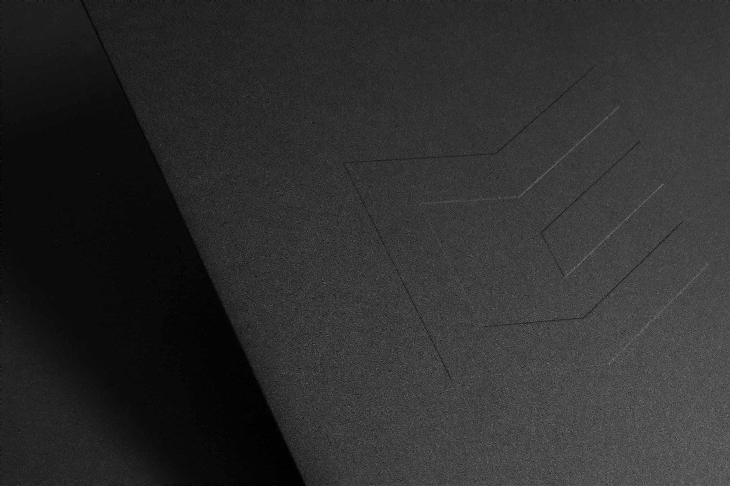 Figure-Jeremy-Hall-Design-Graphique-Quebec-Logo-Branding-Image-De-Marque-Item-Construction-14.jpg