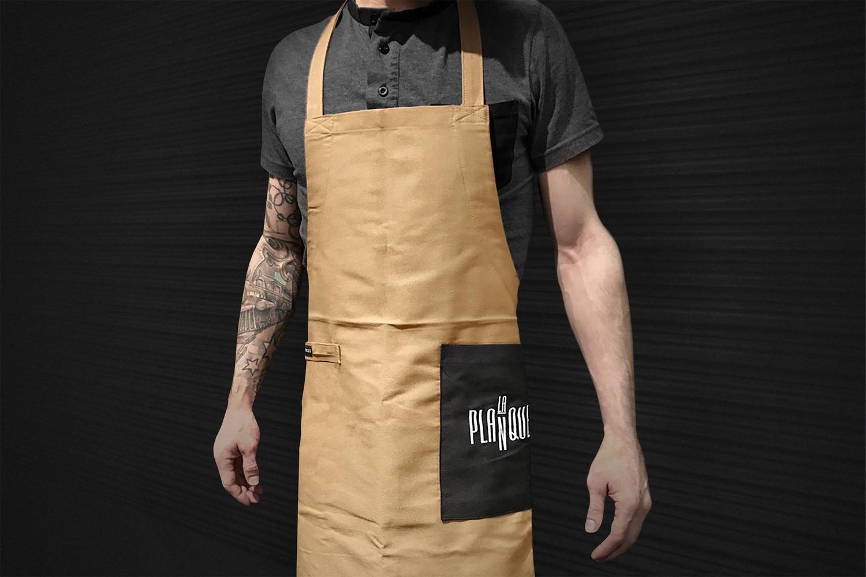 Figure-Branding-Image-de-Marque-JeremyHall-Logo-LaPlanque-Restaurant-Quebec-Tablier.jpg