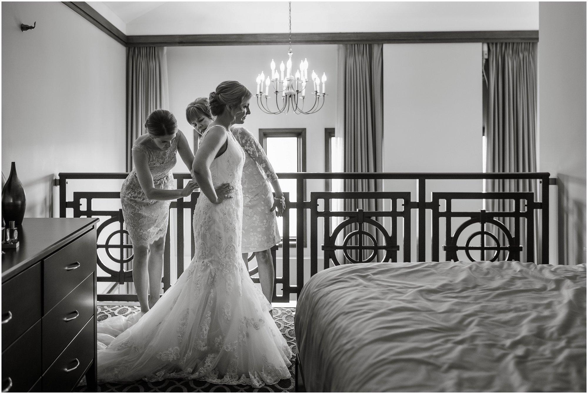 Plymouth_michigan_wedding_photographer_0385.jpg