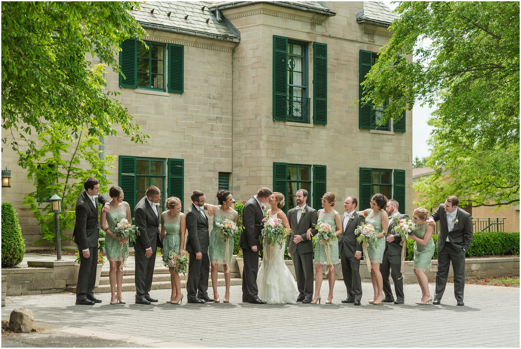 Plymouth_michigan_wedding_photographer_0400.jpg