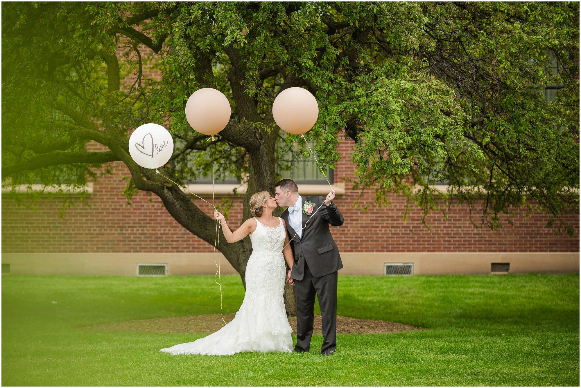 Plymouth_michigan_wedding_photographer_0426.jpg