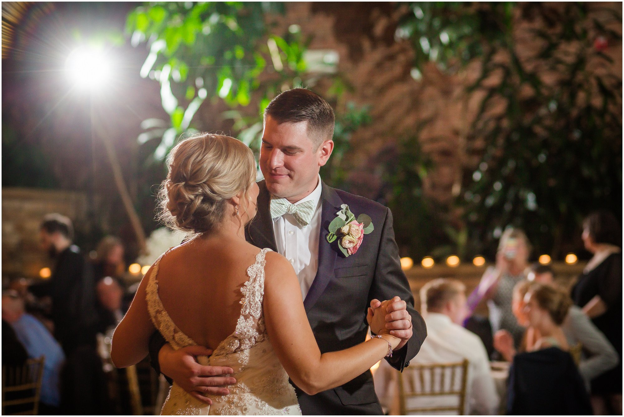 Plymouth_michigan_wedding_photographer_0441.jpg