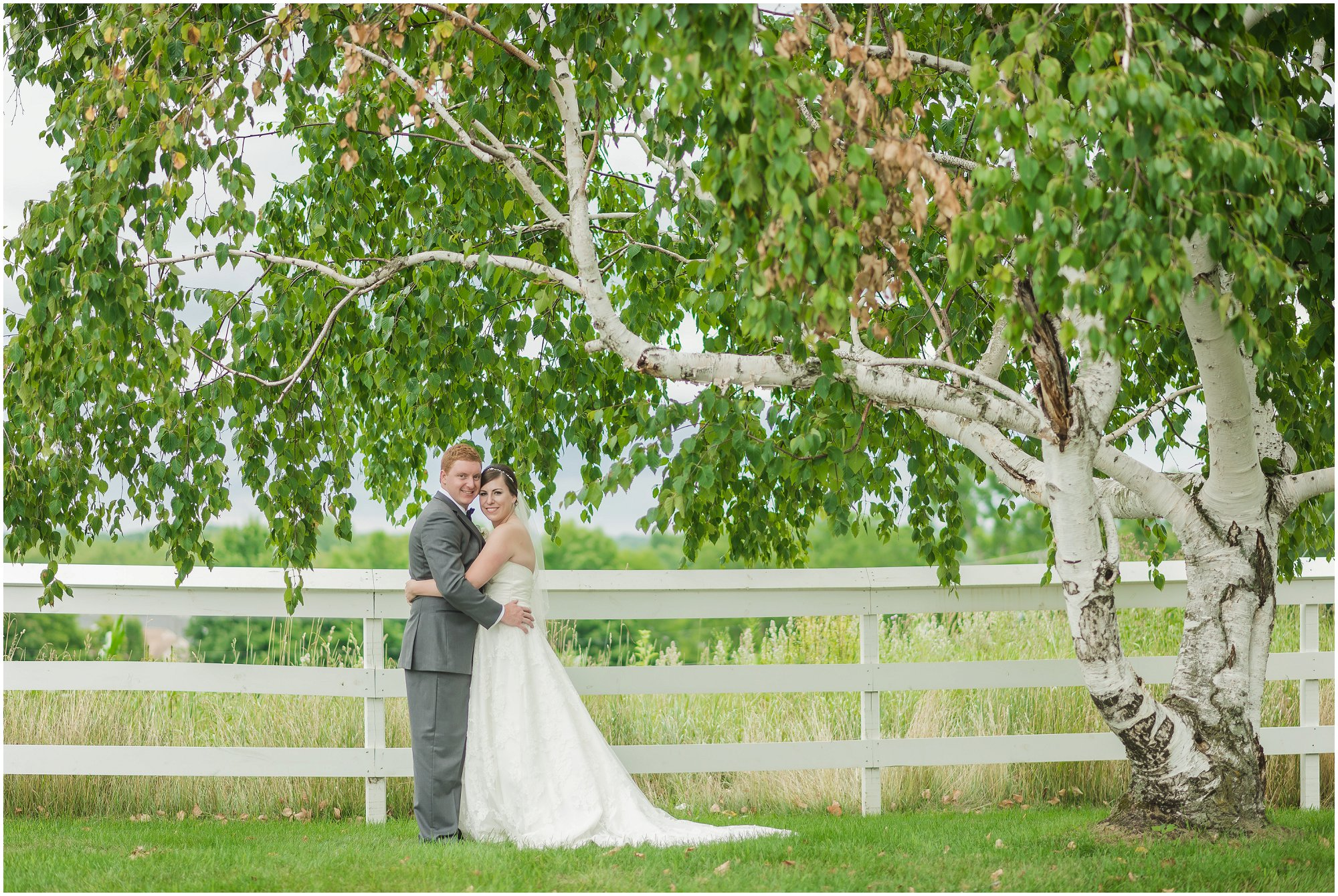 cornman-farms-wedding-michigan-barn-wedding_0958.jpg