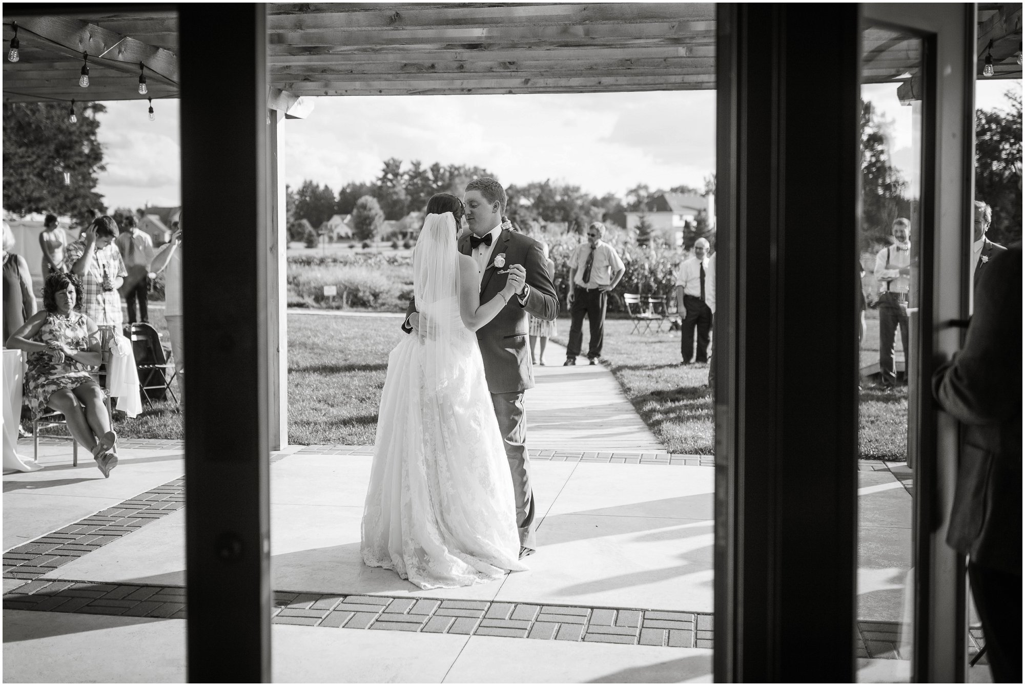 cornman-farms-wedding-michigan-barn-wedding_0987.jpg
