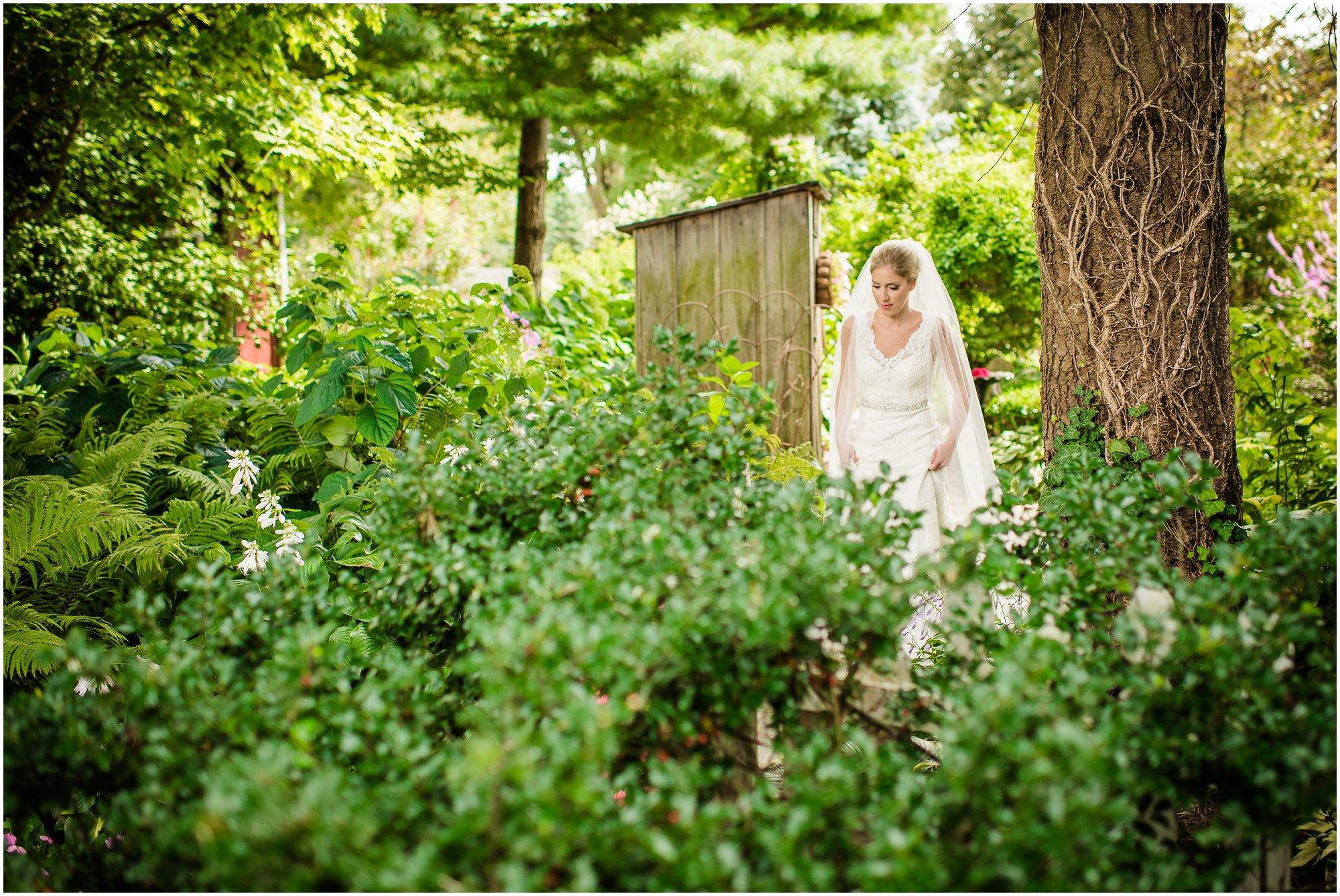 southern-exposure-herb-farm-wedding_0098.jpg