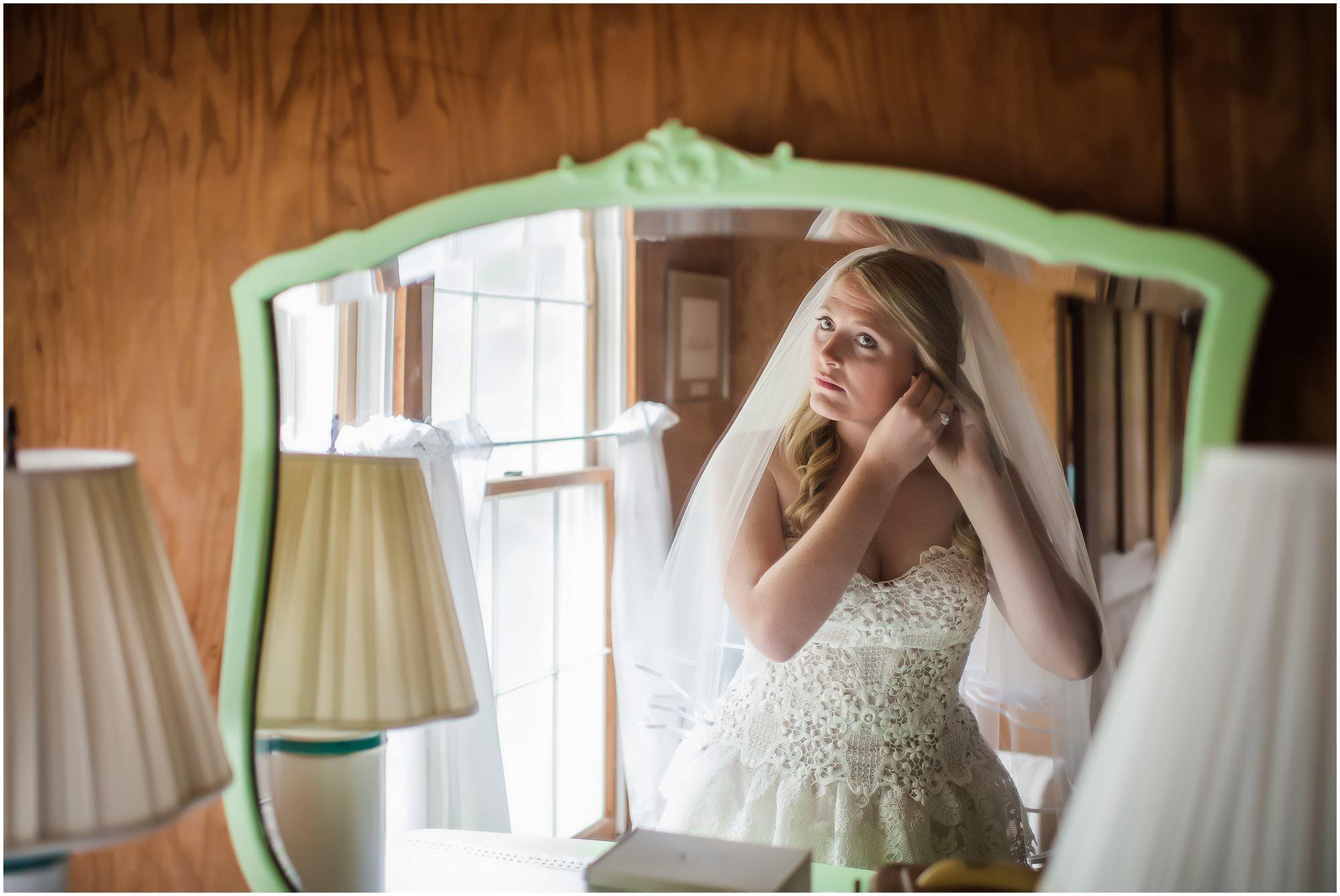 pointe-aux-barques-wedding_0010.jpg