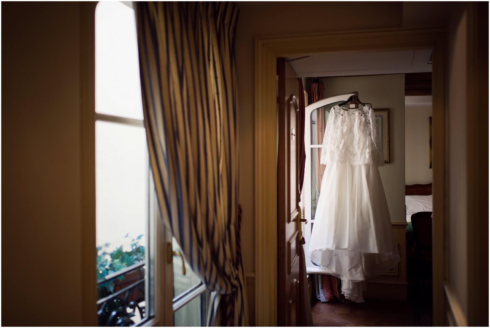 paris-destination-wedding-photographer_0379.jpg