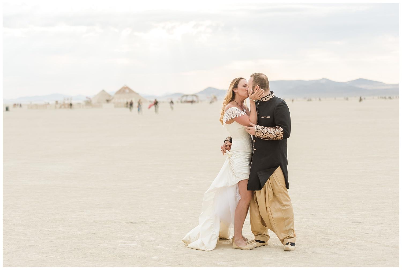 burning-man-wedding_0002.jpg