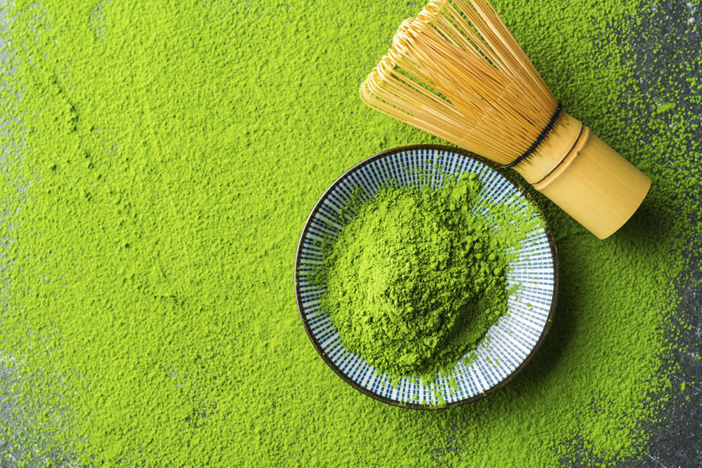 Green tea facial for skin tightening and rejuvenation, by LipoTherapeia