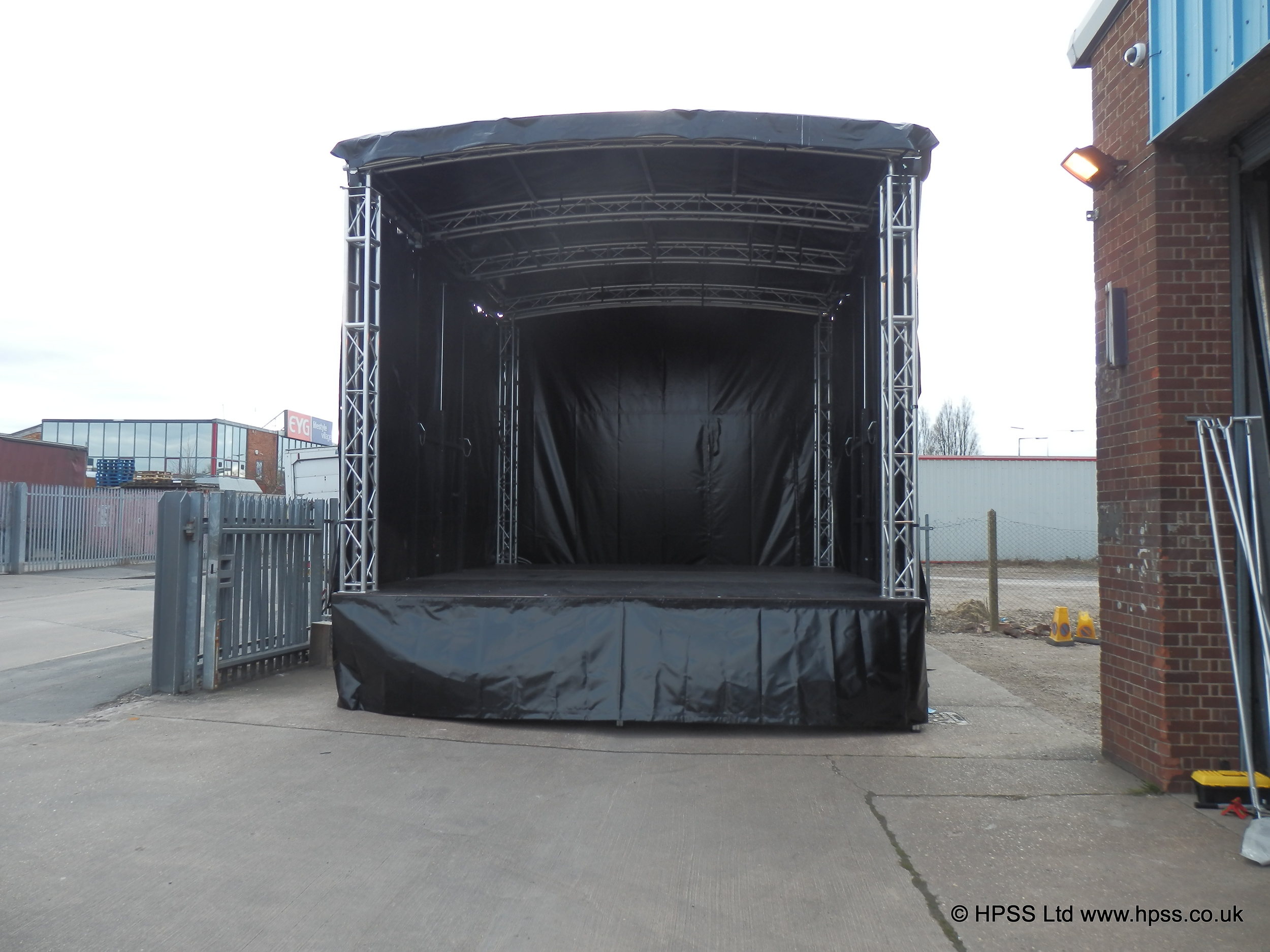 Small mobile trailer stage