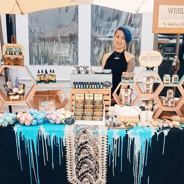 Beautiful day at Walnut Creek! Come say hi and try our skin goodies at @makersmarket  #bodycare #bathbomb #handmade #handmadebodycare #artisansoap #natural #naturalbodycare #naturallife #essentialoil #highend #luxury #skinloving #relaxing #scentsy #scentagram #lovelyscent #bodycare #bathsalt #bathtime #bathfizzy #bathaddict #luxurybodycare #beautiful #artisan #madeinsonoma #sonomacounty #instamood #popup #display