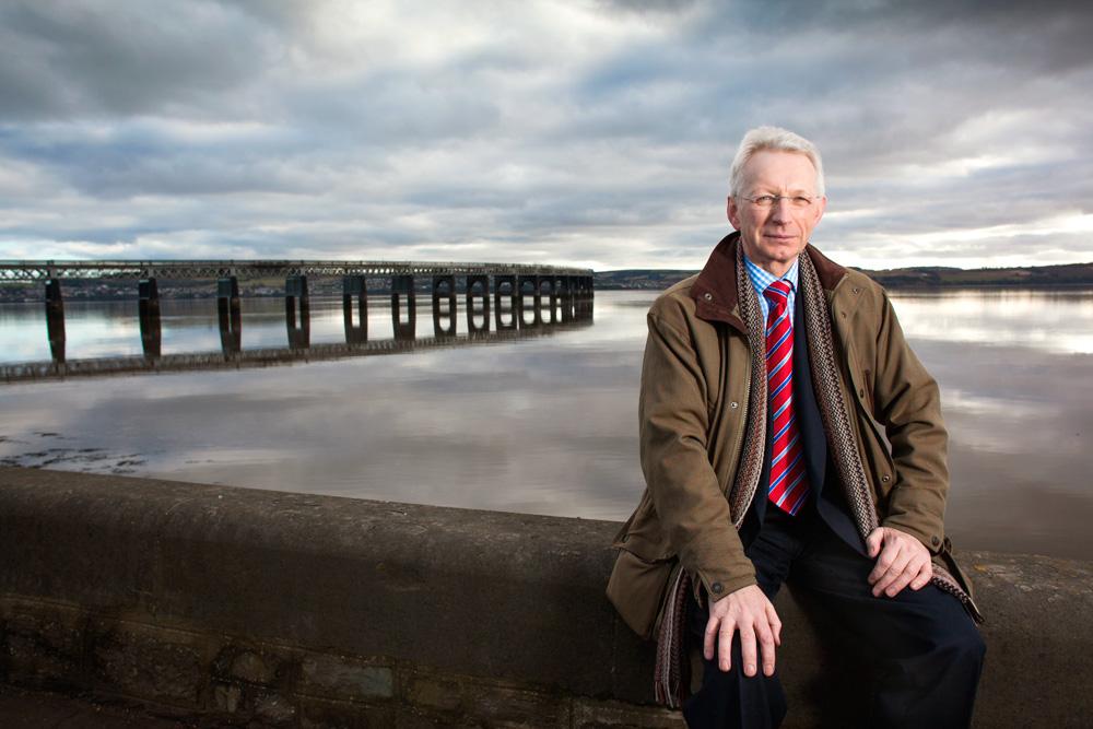 Dr Bill Bartlett, NHS Clinical Scientist, Dundee, Scotland.