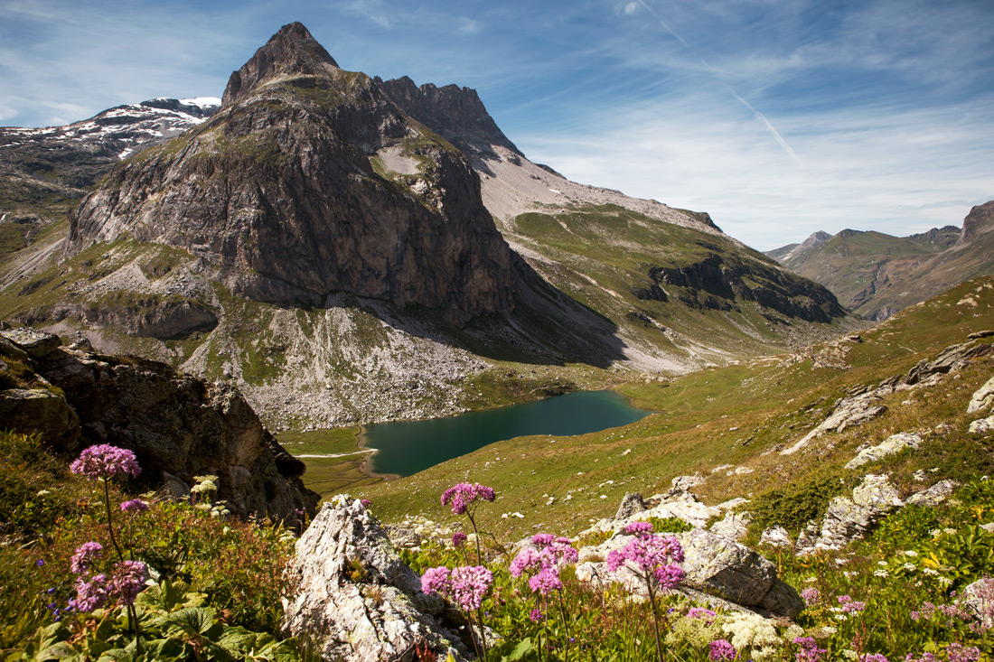 The hike to the Petit Mont Blanc and the Lac de la Plagne is one of the most famous hikes in the entire Alpine region.