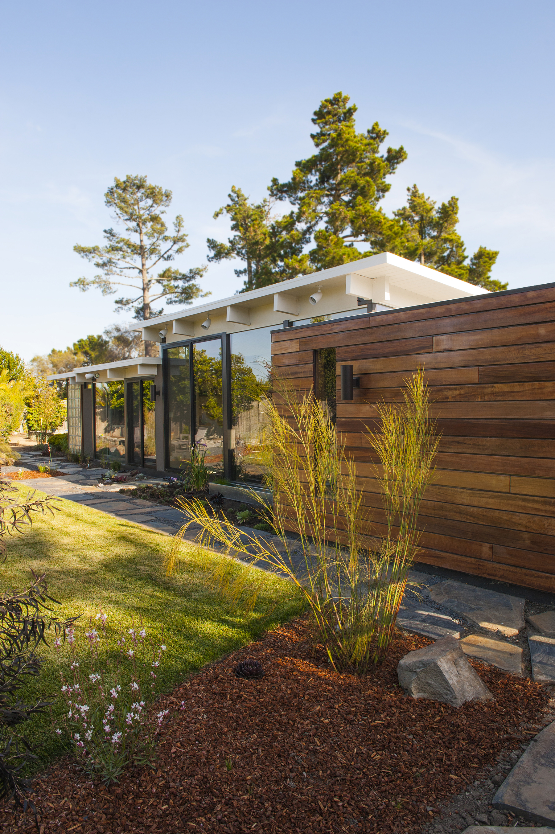 - 40 French Creek, San Mateo Highlands: A complete remodel, clad in wood exterior, custom designed and built furniture, new office addition. Featured on the Eichler Home Tour 2014