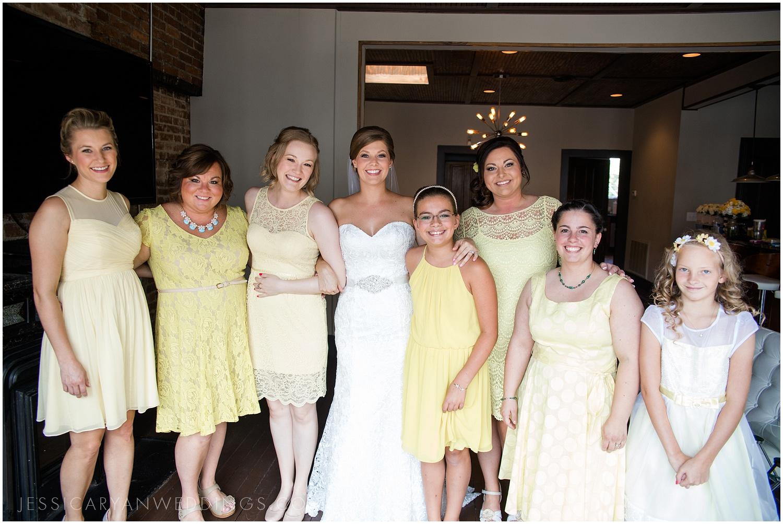 Louisville-Wedding-Photographer_0014.jpg