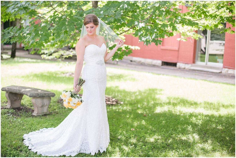 Louisville-Wedding-Photographer_0019.jpg