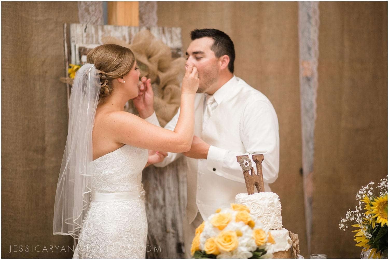 Louisville-Wedding-Photographer_0056.jpg