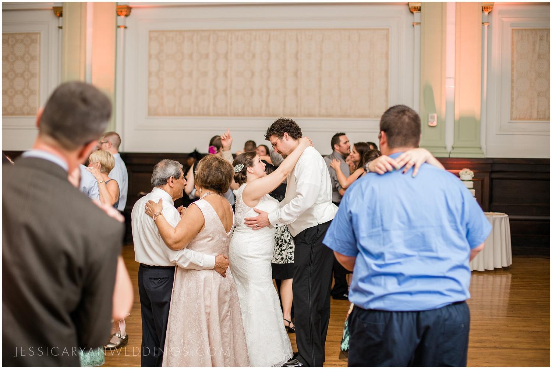 Louisville-Henry-Clay-Wedding_0182.jpg