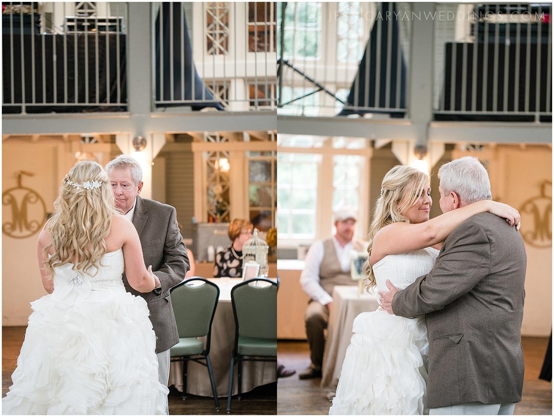 Louisville-Wedding-Photography_0100.jpg