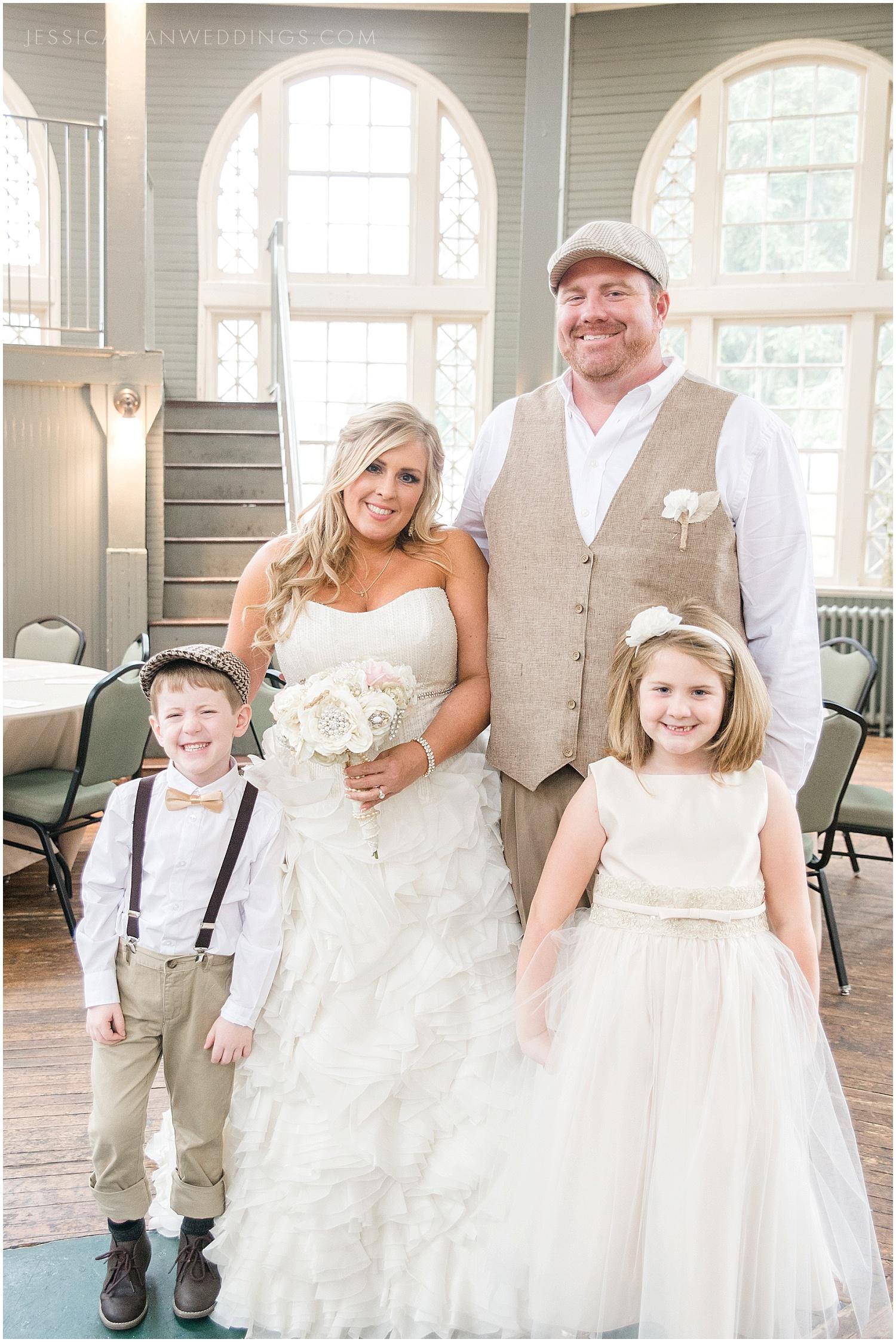 Louisville-Wedding-Photography_0155.jpg
