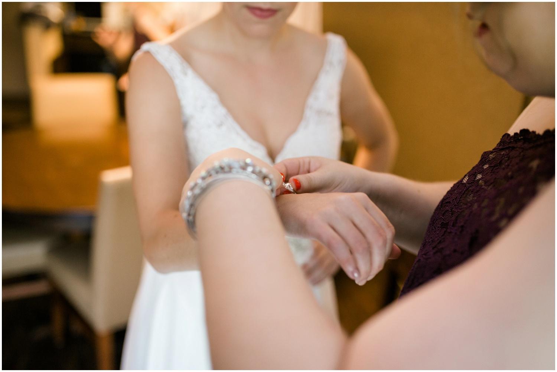 roses-run-country-club-ohio-wedding_0015.jpg