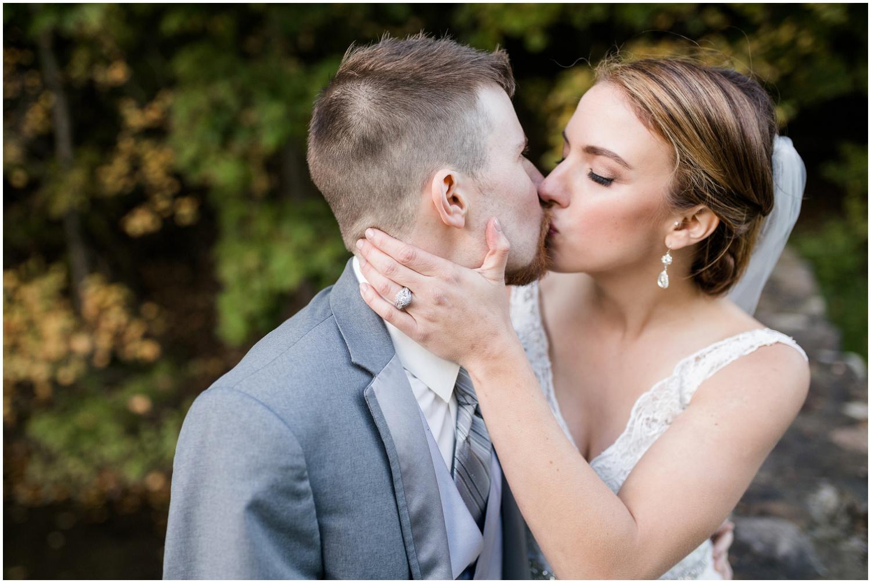 roses-run-country-club-ohio-wedding_0047.jpg