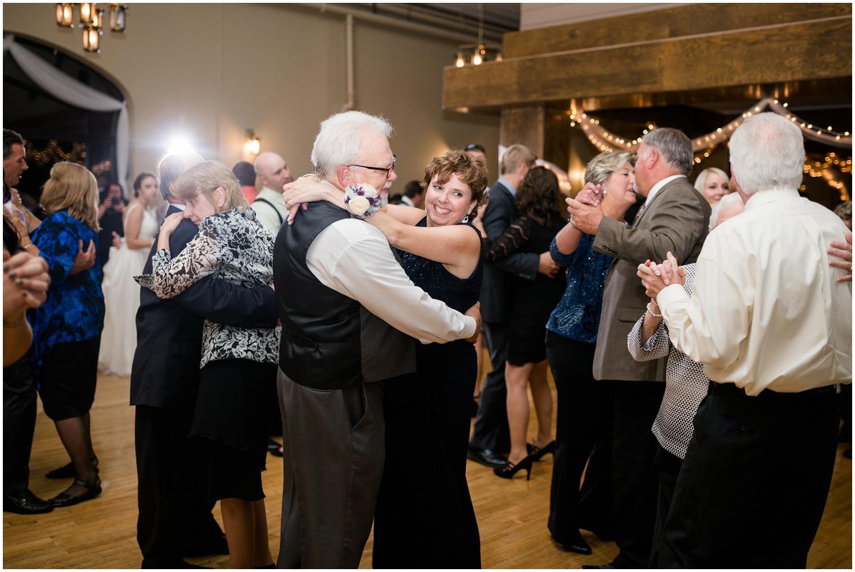 roses-run-country-club-ohio-wedding_0065.jpg