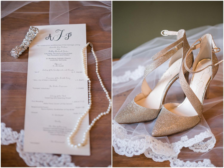 bride-getting-ready-louisville-wedding_0001.jpg