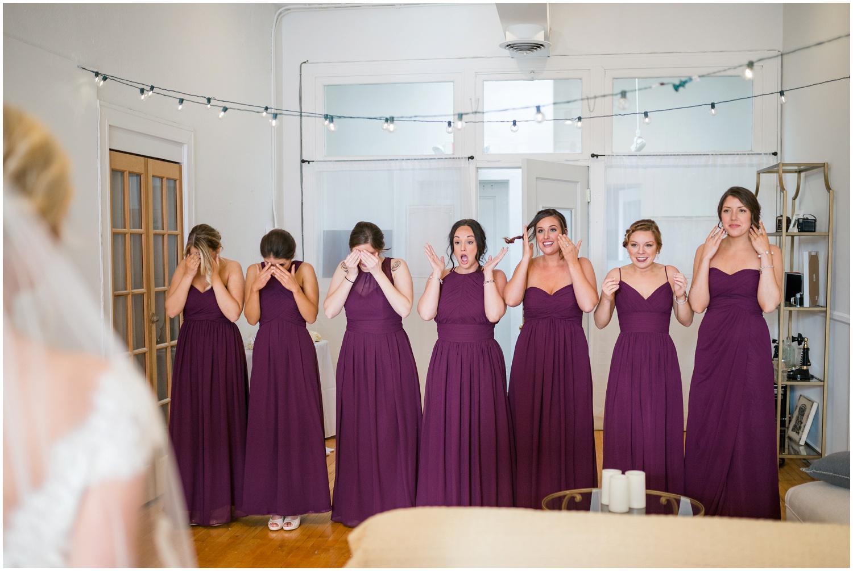 bride-getting-ready-louisville-wedding_0020.jpg