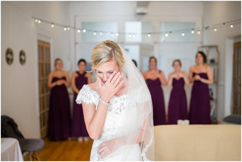 bride-getting-ready-louisville-wedding_0023.jpg