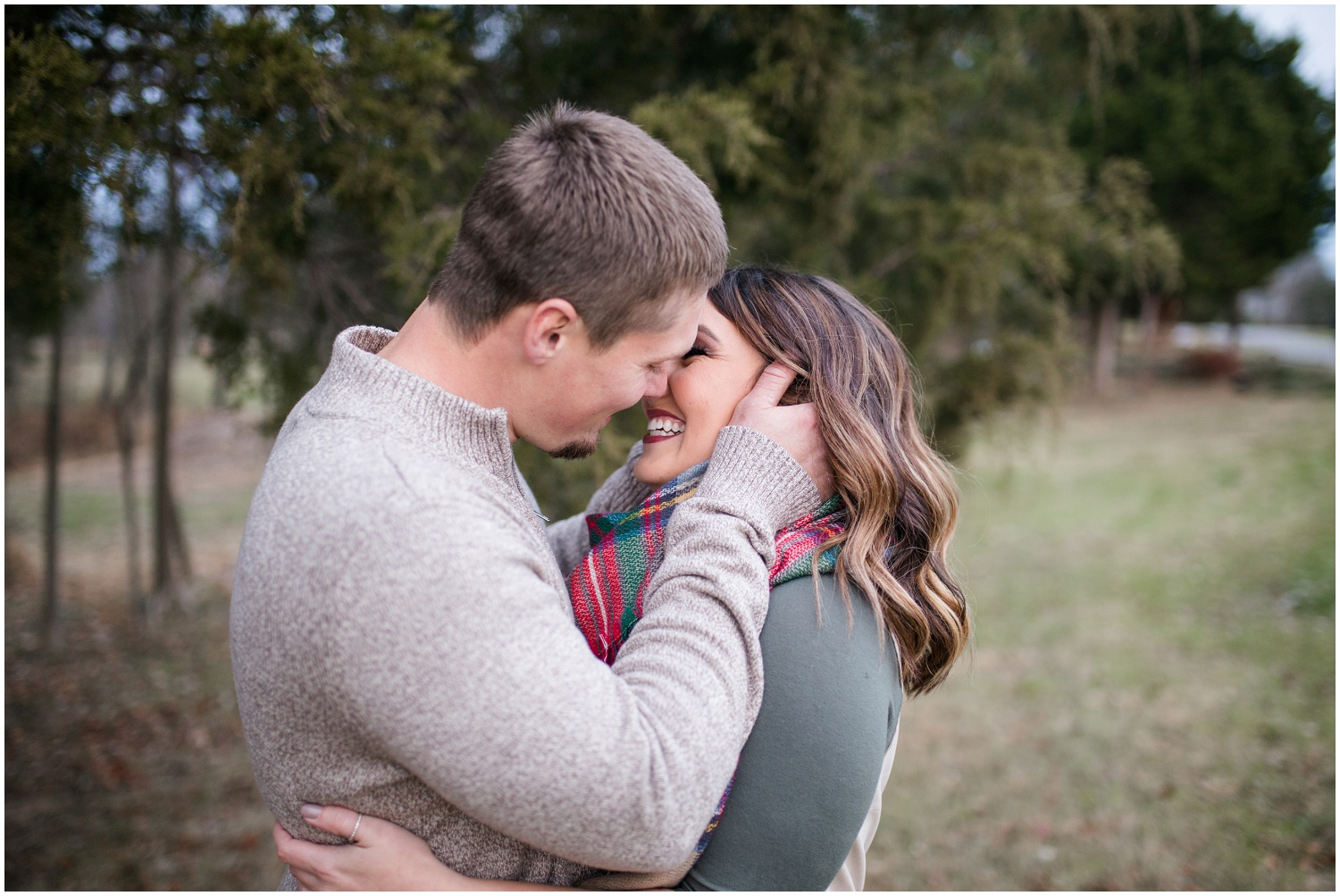 louisvlle-country-engagement-session_0107.jpg