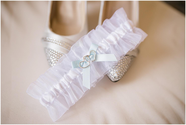 alyssa-jake-henry-clay-louisville-wedding_0004.jpg