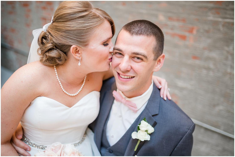 alyssa-jake-henry-clay-louisville-wedding_0050.jpg