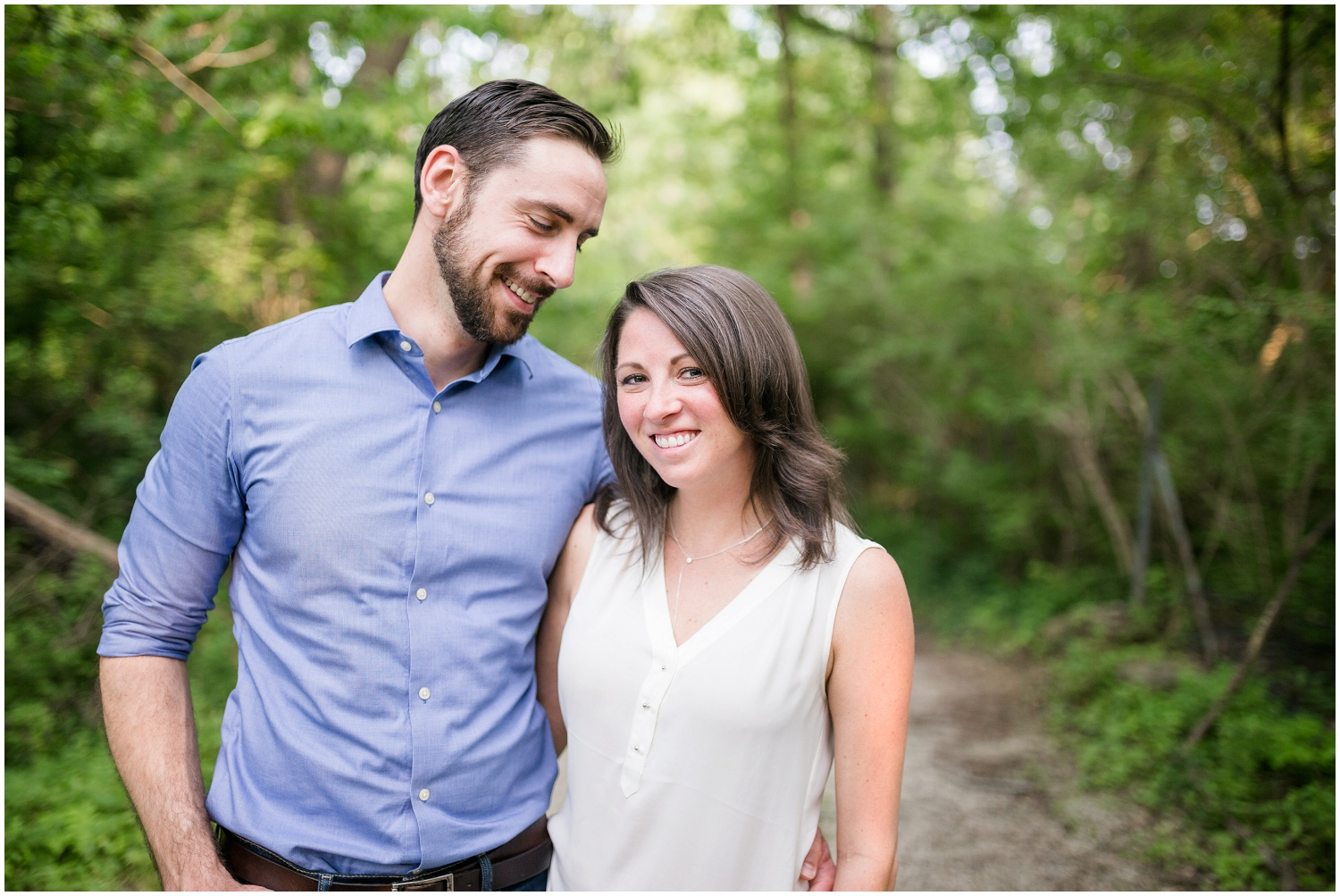 stephanie-andy-louisville-engagement-session_0011.jpg