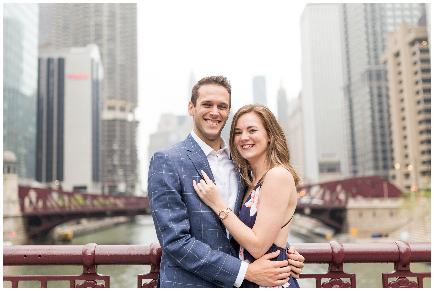 downtown chicago engagement session_0003.jpg