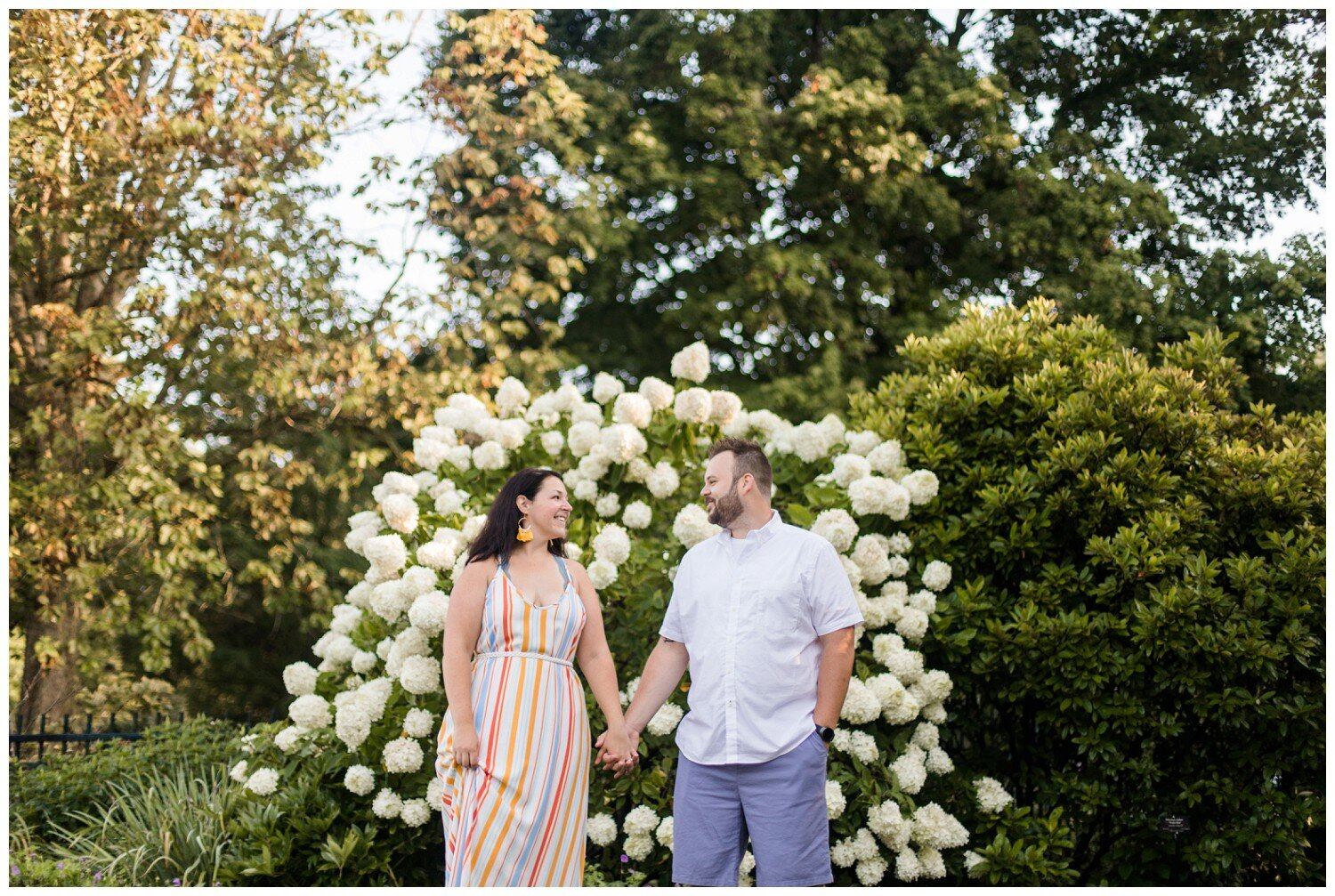 inniswood-metro-gardens-columbus-engagement-session_0010.jpg