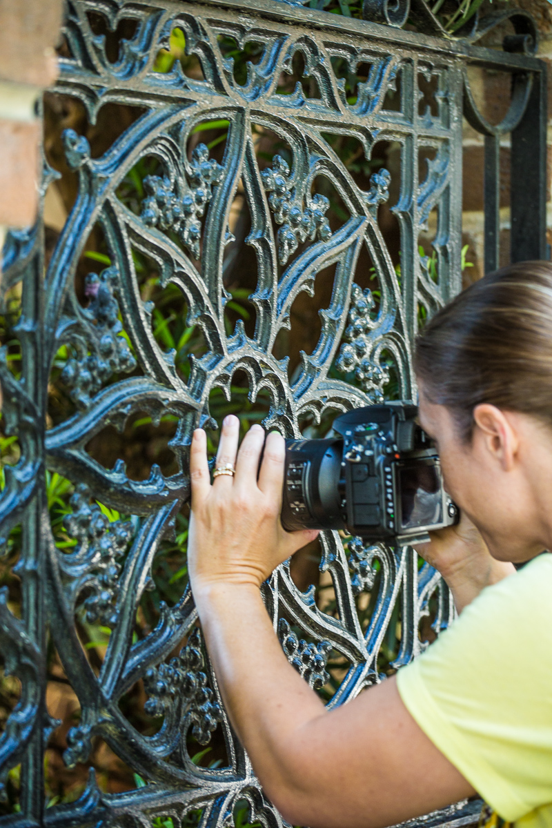 Clients_Capturing_Savannah_Photography_WalkingTours_Sightseeing_Family_Fun_Photographers)1.jpg