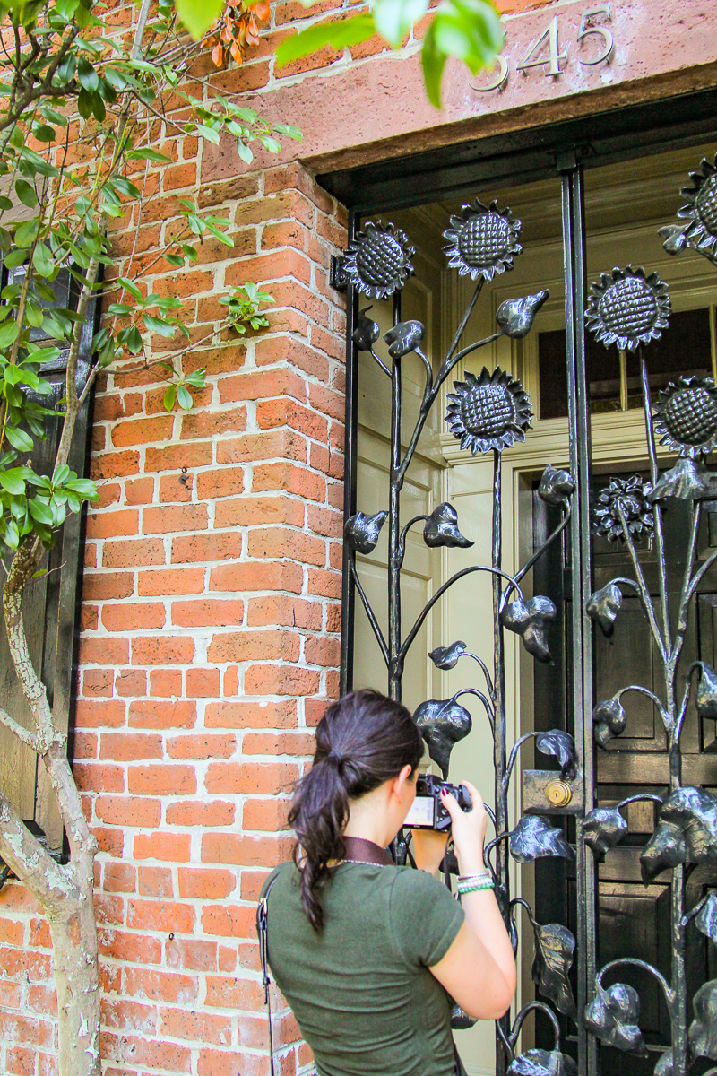 Clients_Capturing_Savannah_Photography_WalkingTours_Sightseeing_Family_Fun_Photographers)10.jpg