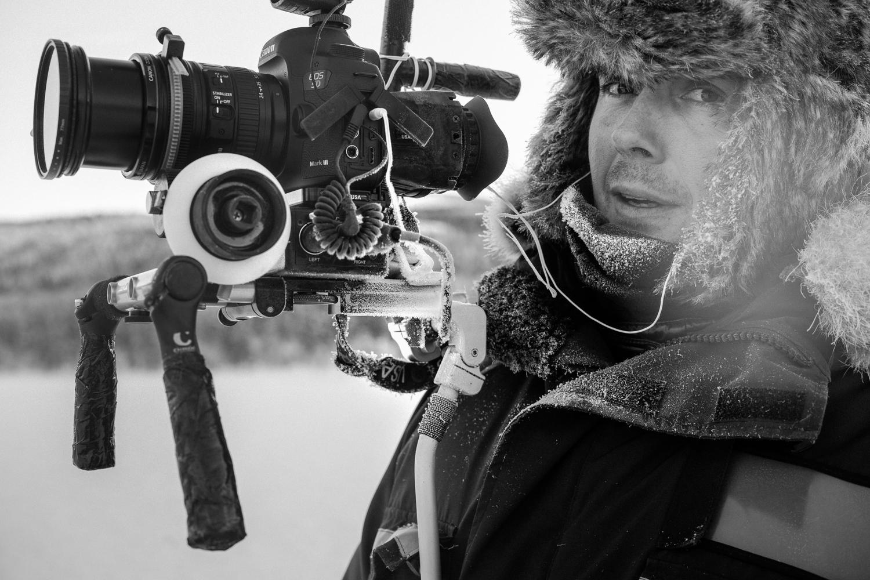 France 3 TV cameraman filming in -29º