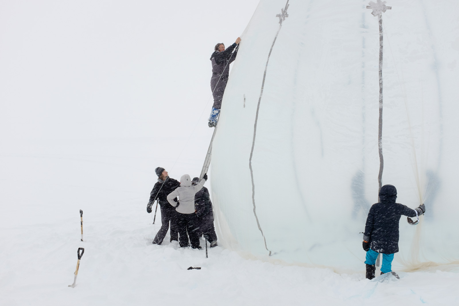 1st attempt at a 4 roomed 9 metre high Ice Music Festival 2018 venue...