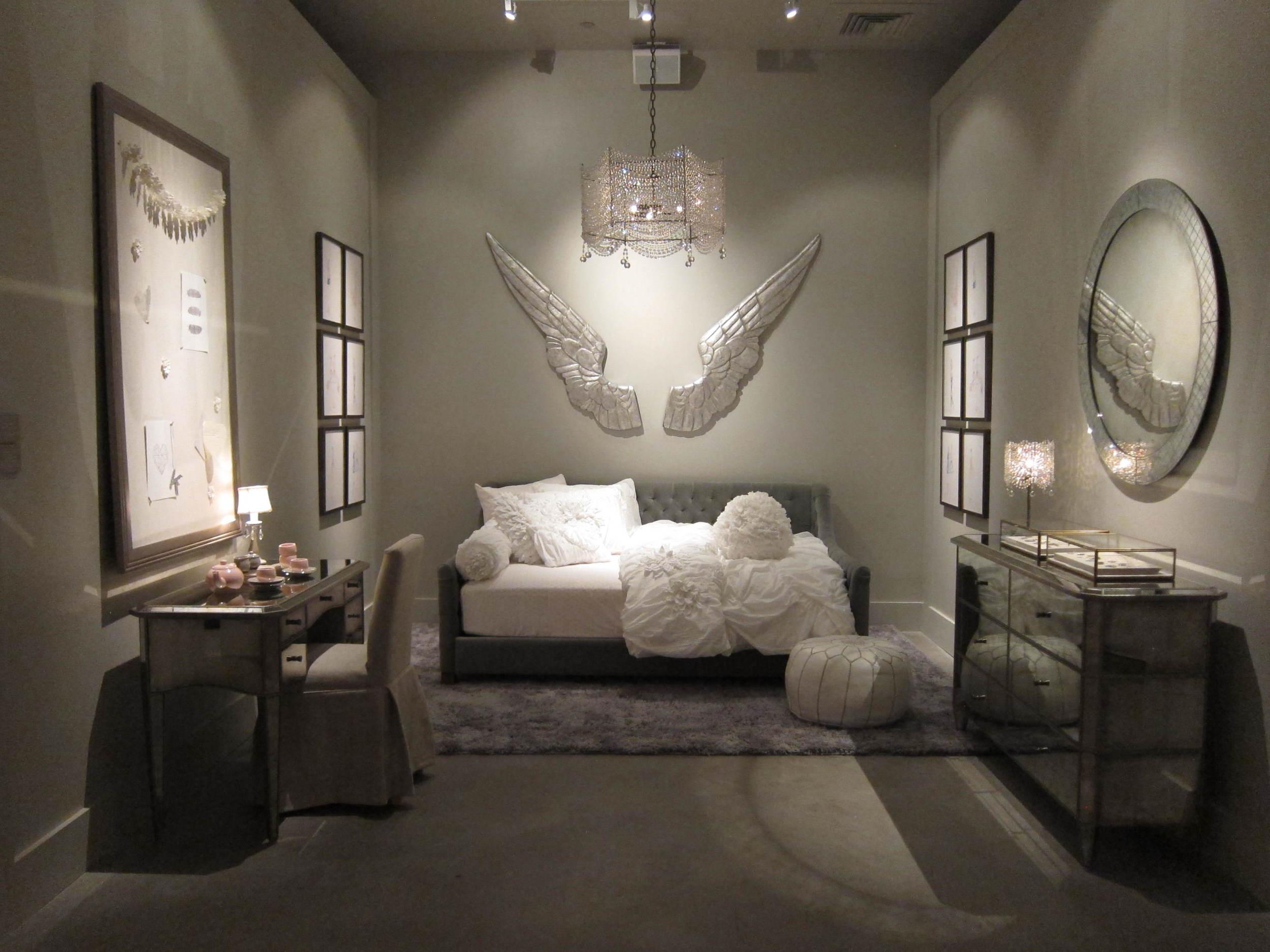 14 Devyn Daybed Room.JPG
