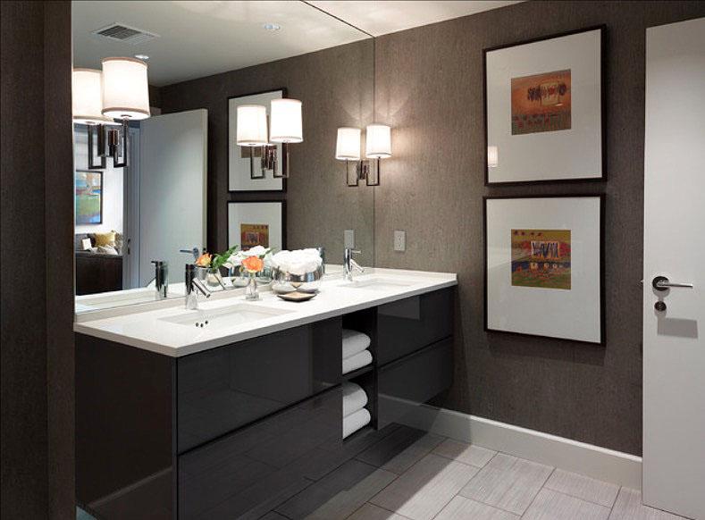 bathroom photos.jpg