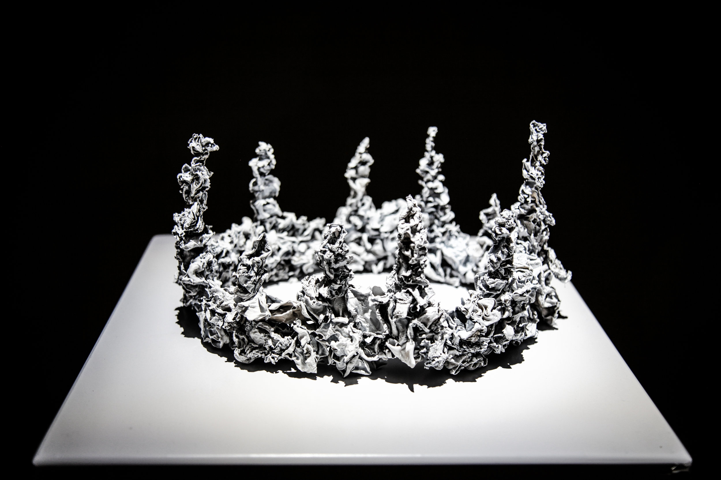 The14thFactory_HongKong_SimonBirch_GoriaYu_NathalyCharria_ArtSlant_Crowns.jpg