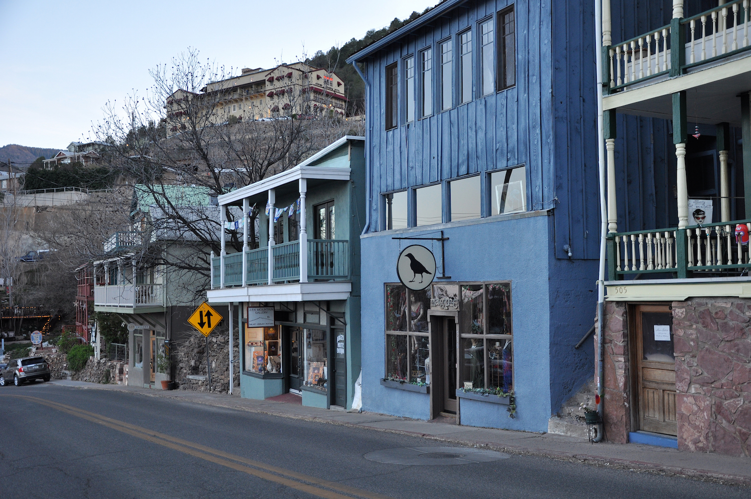 Main_Street_(Jerome,_Arizona).jpg