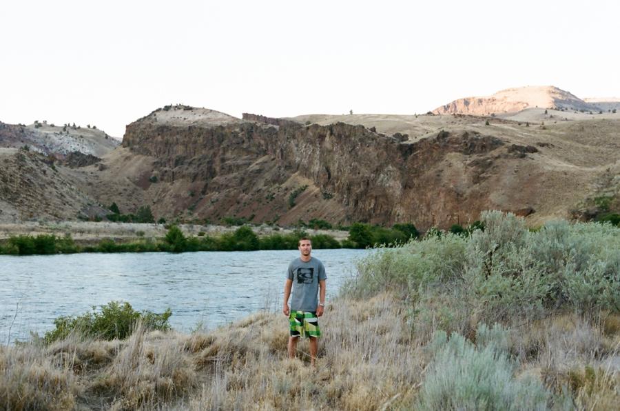 06_Rafting_Deschutes_River_Oregon_Photo.JPG