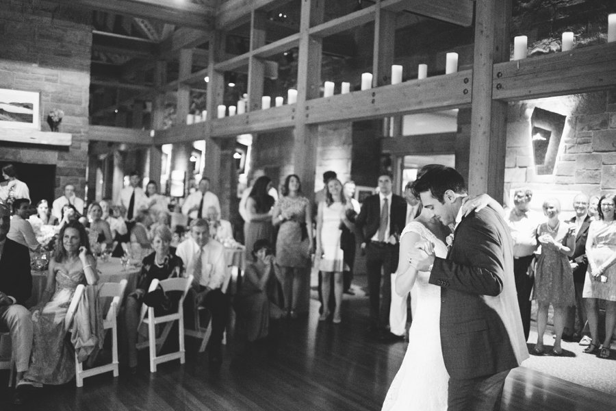 41_Broken_Top_Golf_Club_Bend_Oregon_Wedding_Photo.JPG