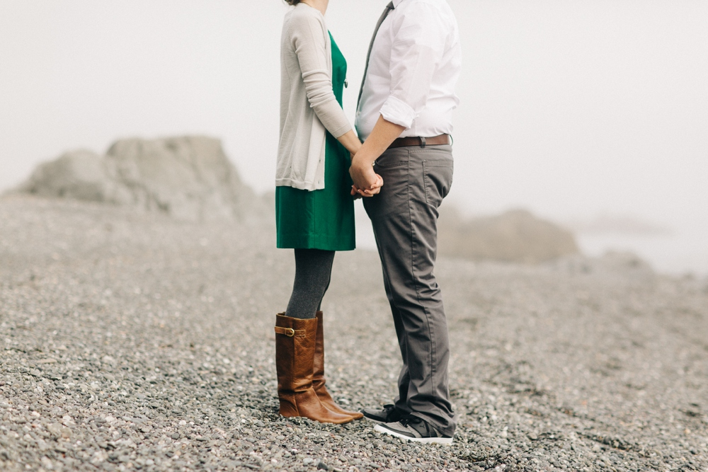 02_Brookings_Oregon_Engagement_Session_Photo.JPG