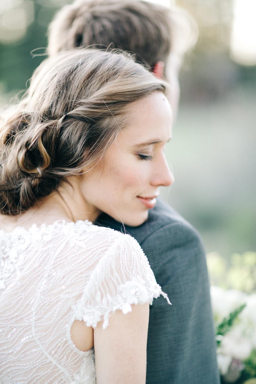 10_Romantic_Rustic_Wedding_Inspiration_Photo.JPG